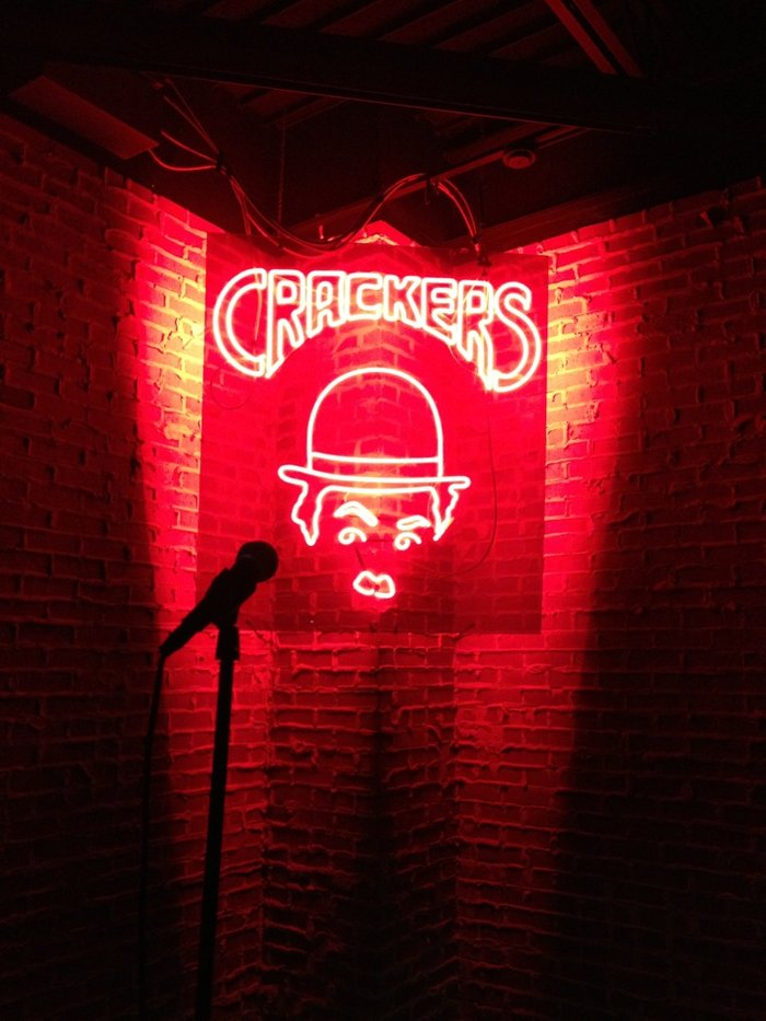 Crackers Comedy Club